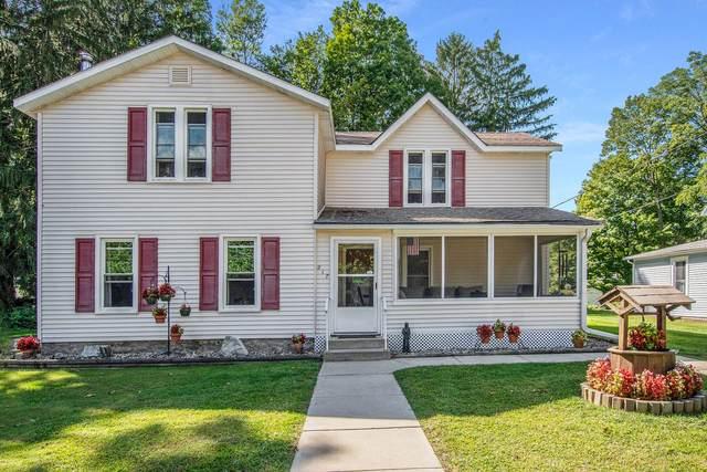 217 N O'keefe Street, Cassopolis, MI 49031 (MLS #21105007) :: Sold by Stevo Team   @Home Realty
