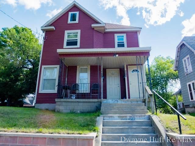 720 Paris Avenue SE, Grand Rapids, MI 49503 (MLS #21105322) :: JH Realty Partners