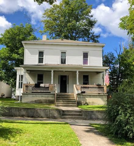 121 N Stewart Street, Big Rapids, MI 49307 (MLS #21105386) :: Sold by Stevo Team | @Home Realty