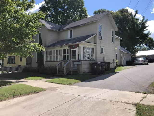 314 E Spruce Street, Big Rapids, MI 49307 (MLS #21105394) :: The Hatfield Group