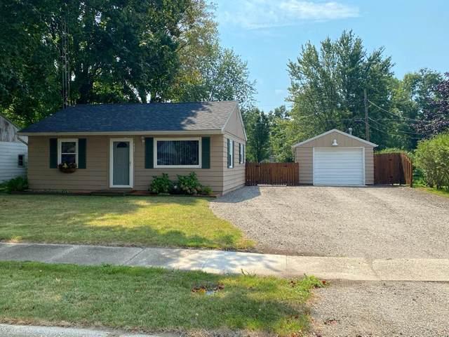 447 W Parsons Avenue, Watervliet, MI 49098 (MLS #21105408) :: Deb Stevenson Group - Greenridge Realty
