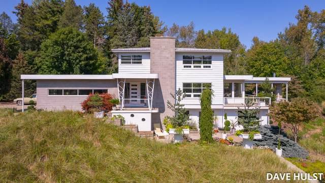 7035 114th Avenue, Glenn, MI 49416 (MLS #21105600) :: Sold by Stevo Team   @Home Realty