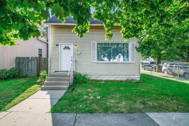 823 Alpine Avenue NW, Grand Rapids, MI 49504 (MLS #21105610) :: Fifth Floor Real Estate