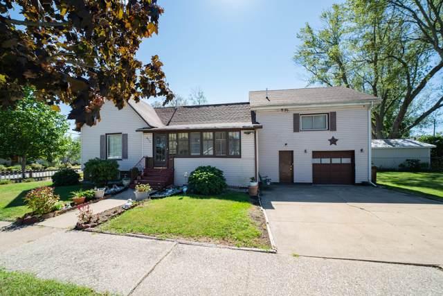 430 Lyon Street, South Haven, MI 49090 (MLS #21105673) :: BlueWest Properties