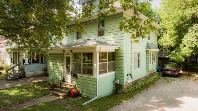 200 S Fairview Avenue, Lansing, MI 48912 (MLS #21105786) :: CENTURY 21 C. Howard
