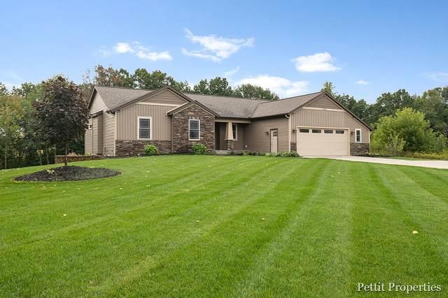 12444 Waterway Lane, Belding, MI 48809 (MLS #21105833) :: Sold by Stevo Team | @Home Realty