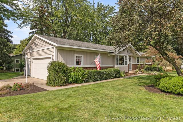 6863 Georgetown Avenue, Hudsonville, MI 49426 (MLS #21106095) :: Ginger Baxter Group