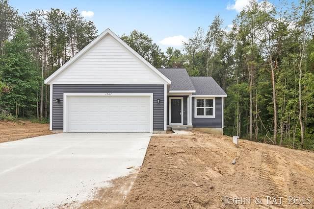 1707 Pineridge Drive, Hastings, MI 49058 (MLS #21106133) :: Sold by Stevo Team | @Home Realty