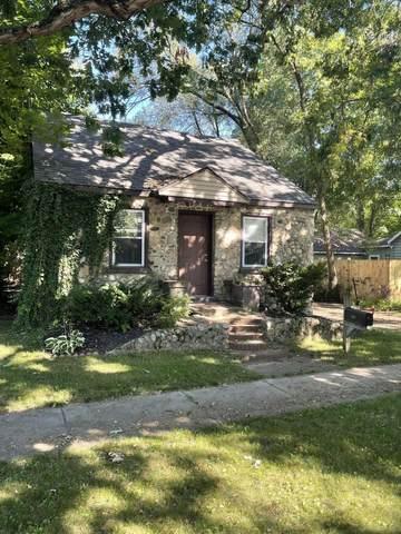 607 Oak St Street, Three Rivers, MI 49093 (MLS #21106183) :: Sold by Stevo Team | @Home Realty