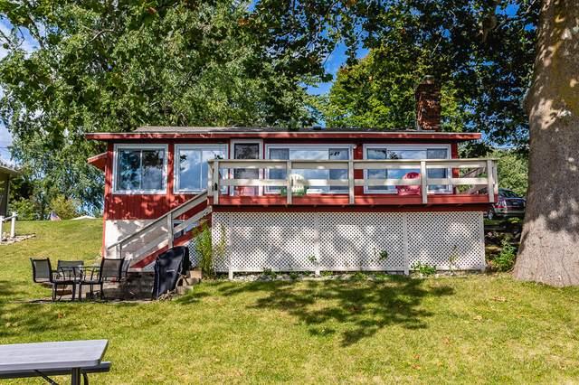 334 Dewey Lake Beach, Brooklyn, MI 49230 (MLS #21106448) :: The Hatfield Group