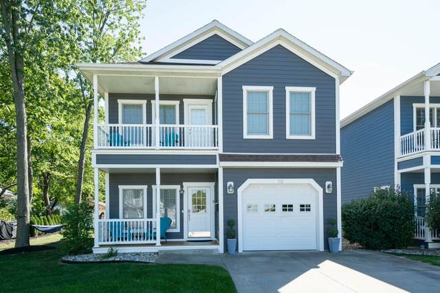732 Maple Gate Court, South Haven, MI 49090 (MLS #21106456) :: BlueWest Properties
