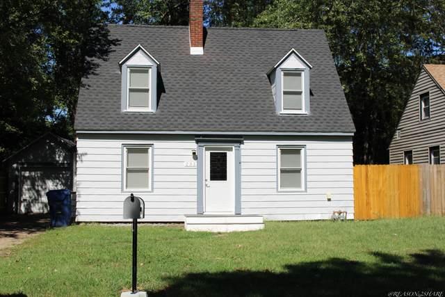 233 Hampton Road, Benton Harbor, MI 49022 (MLS #21106504) :: Deb Stevenson Group - Greenridge Realty