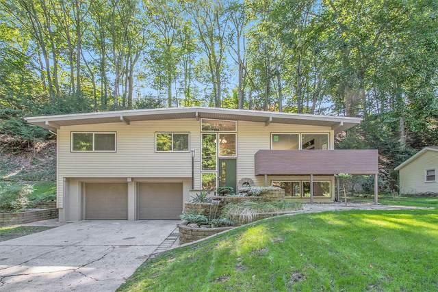 140 Grand Avenue, Grand Haven, MI 49417 (MLS #21106517) :: BlueWest Properties