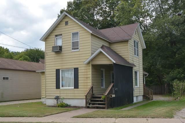 2032 S Burdick Street, Kalamazoo, MI 49001 (MLS #21106655) :: CENTURY 21 C. Howard