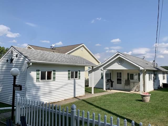 63515 Lakeshore Road, Sturgis, MI 49091 (MLS #21106798) :: The Hatfield Group