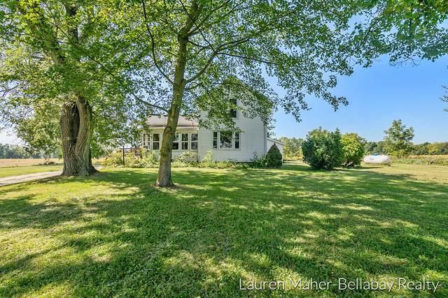 7453 Morse Lake Ave Se Avenue SE, Alto, MI 49302 (MLS #21106820) :: BlueWest Properties