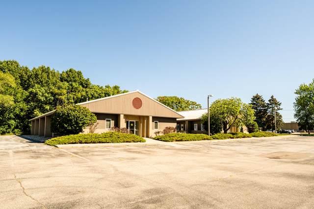 2525 Lake Pine Drive, St. Joseph, MI 49085 (MLS #21106839) :: BlueWest Properties