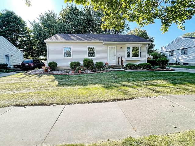 900 Warner Avenue, Mason, MI 48854 (MLS #21106858) :: BlueWest Properties