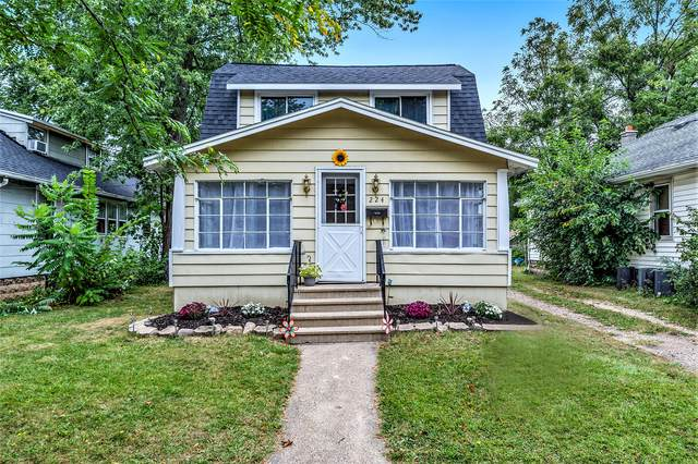224 Summer Street, Battle Creek, MI 49015 (MLS #21106976) :: BlueWest Properties