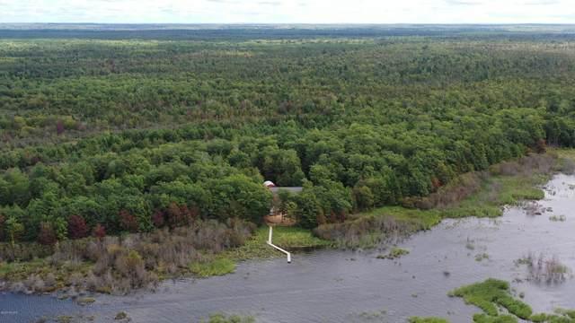 7660 R.75 Lane, Rapid River, MI 49878 (MLS #21107008) :: BlueWest Properties