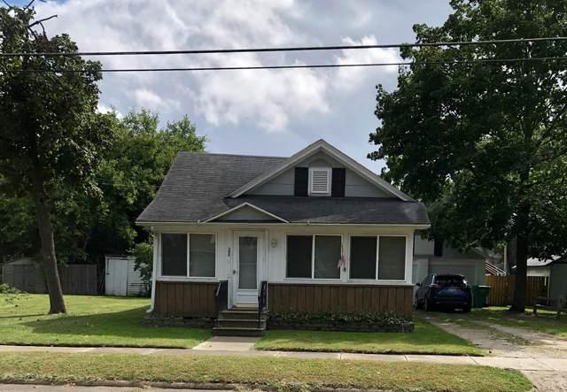 308 E Prairie Ronde Street, Dowagiac, MI 49047 (MLS #21107011) :: Sold by Stevo Team | @Home Realty