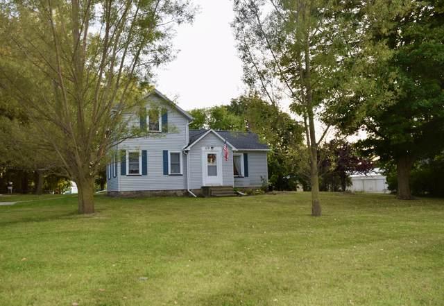 518 E Main Street, Fremont, MI 49412 (MLS #21107054) :: Sold by Stevo Team | @Home Realty