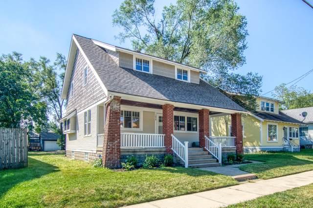 1056 Oakdale Street SE, Grand Rapids, MI 49507 (MLS #21107079) :: BlueWest Properties
