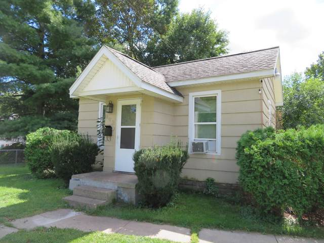 803 E West Street, Sturgis, MI 49091 (MLS #21107085) :: BlueWest Properties