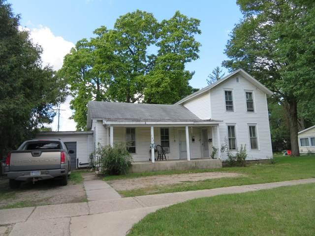 106 N Maple Street, Sturgis, MI 49091 (MLS #21107086) :: BlueWest Properties