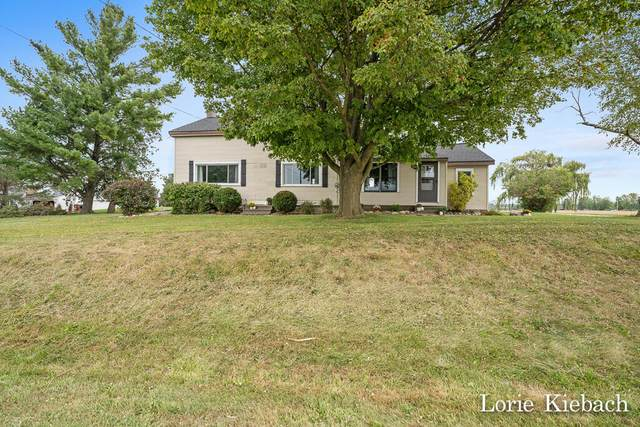 4109 Garfield Street, Coopersville, MI 49404 (MLS #21107162) :: Deb Stevenson Group - Greenridge Realty