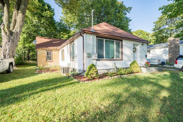 513 Clinton Street, Marshall, MI 49068 (MLS #21107489) :: Deb Stevenson Group - Greenridge Realty