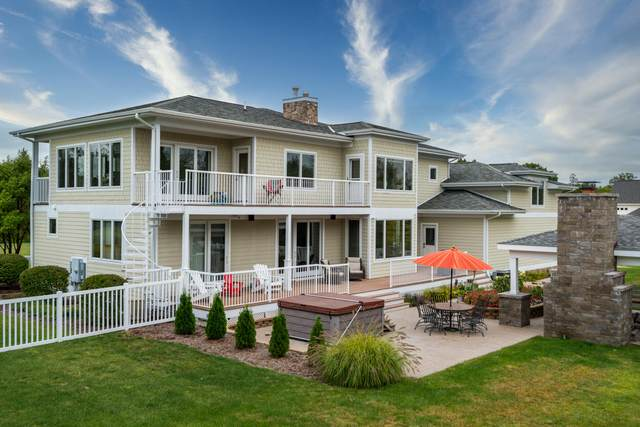 7258 Beverly Drive, South Haven, MI 49090 (MLS #21107674) :: The Hatfield Group