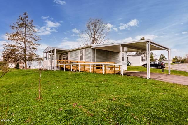 8000 Warren Woods Road #31, Three Oaks, MI 49128 (MLS #21107783) :: The Hatfield Group
