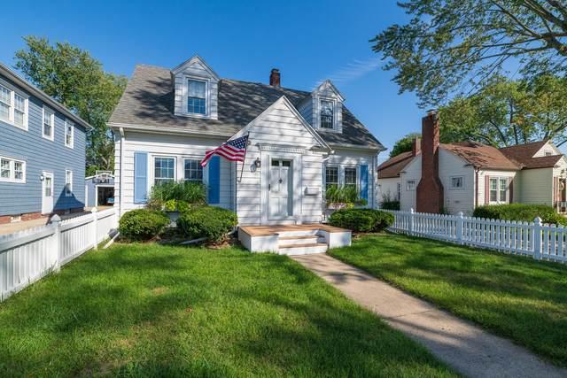 1813 Forres Avenue, St. Joseph, MI 49085 (MLS #21107809) :: Deb Stevenson Group - Greenridge Realty