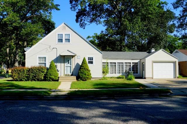 2476 Glenside Boulevard Boulevard, Muskegon, MI 49441 (MLS #21107850) :: Deb Stevenson Group - Greenridge Realty