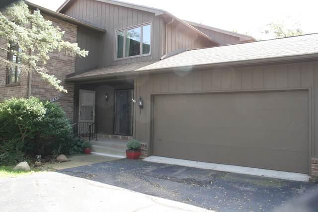 3652 Woodcliff Drive, Kalamazoo, MI 49008 (MLS #21107905) :: Deb Stevenson Group - Greenridge Realty