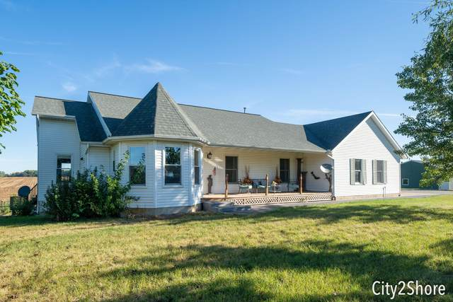 11804 Green Lake Road, Middleville, MI 49333 (MLS #21107975) :: Sold by Stevo Team | @Home Realty