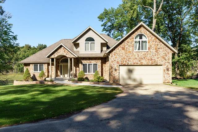 7805 Cougar Drive, Delton, MI 49046 (MLS #21108038) :: Sold by Stevo Team | @Home Realty