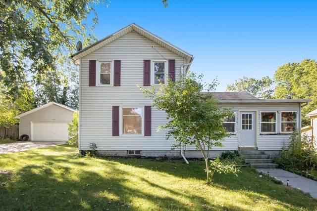 114 E Highway Street, Vicksburg, MI 49097 (MLS #21108059) :: Sold by Stevo Team | @Home Realty
