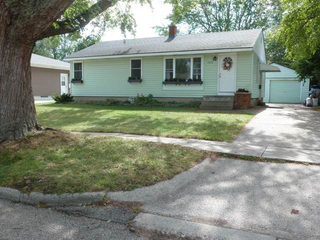 1010 Marion Avenue, Grand Haven, MI 49417 (MLS #21108095) :: JH Realty Partners