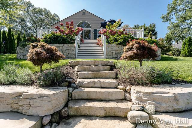 14959 Mercury Drive, Grand Haven, MI 49417 (MLS #21108116) :: Keller Williams Realty | Kalamazoo Market Center