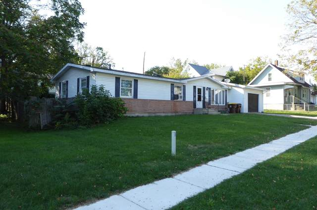 421 Division Street, Ionia, MI 48846 (MLS #21108172) :: Sold by Stevo Team   @Home Realty