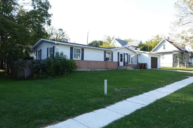 421 Division Street, Ionia, MI 48846 (MLS #21108172) :: The Hatfield Group