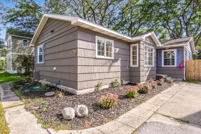 930 Pine Street, Ludington, MI 49431 (MLS #21108183) :: Deb Stevenson Group - Greenridge Realty