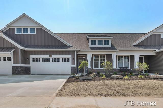 4218 SW Boynton Hollow Drive SW #67, Grandville, MI 49418 (MLS #21108267) :: Sold by Stevo Team | @Home Realty