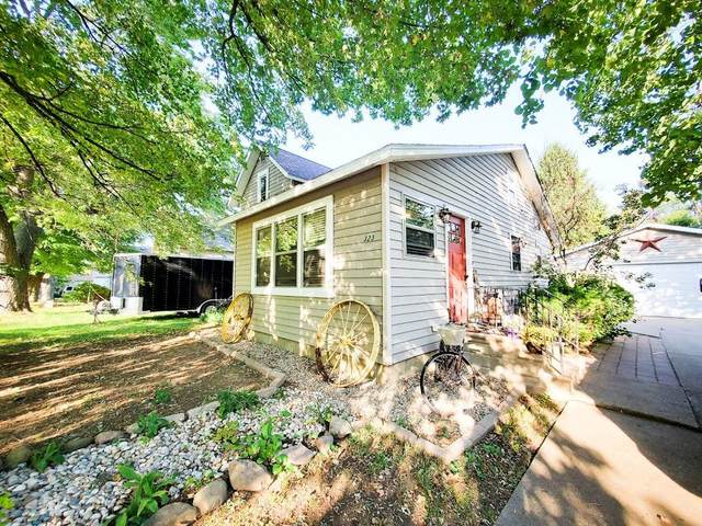 323 Potter Street, Cement City, MI 49233 (MLS #21108363) :: Sold by Stevo Team   @Home Realty