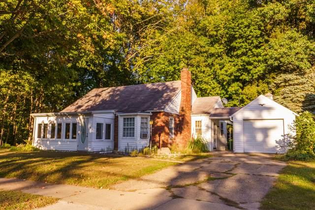 451 Hubbard Street, South Haven, MI 49090 (MLS #21108513) :: The Hatfield Group