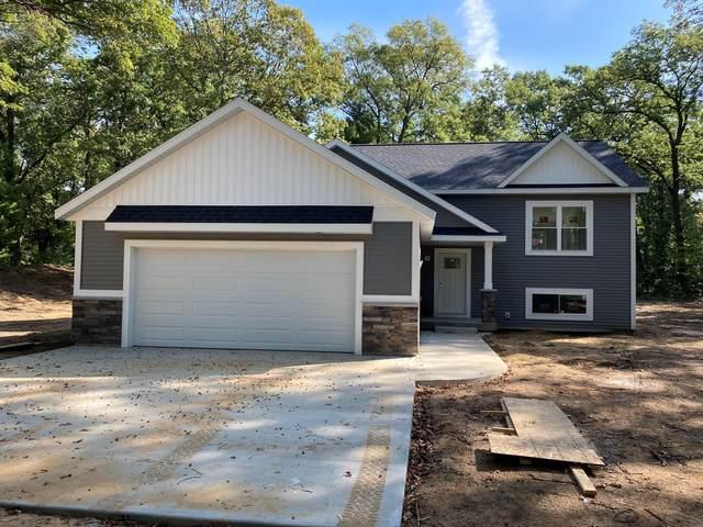 1468 Oak Forest Lane, Muskegon, MI 49442 (MLS #21108707) :: Keller Williams Realty | Kalamazoo Market Center