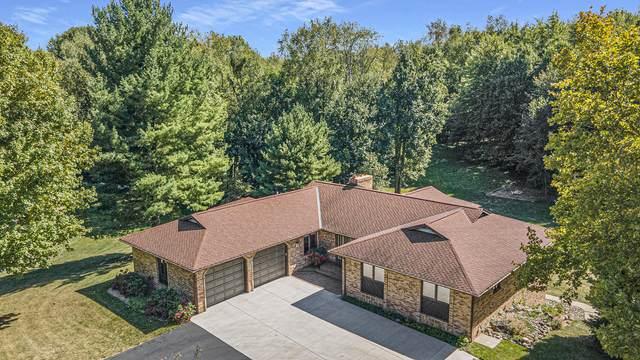2525 W F Avenue, Kalamazoo, MI 49009 (MLS #21108715) :: Sold by Stevo Team | @Home Realty