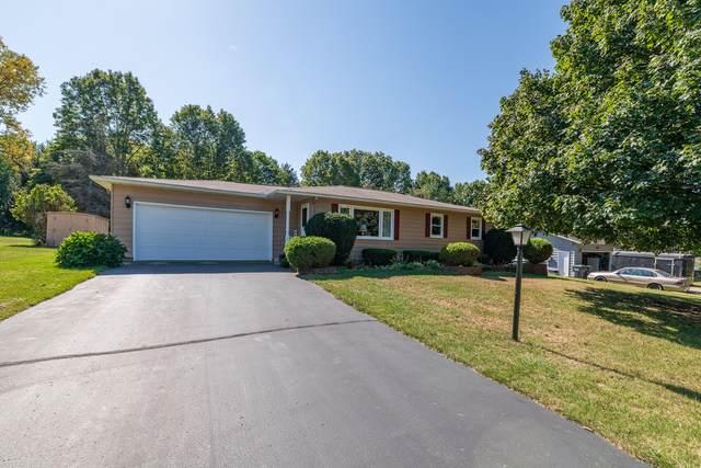 22109 Woodhenge Drive, Mattawan, MI 49071 (MLS #21108774) :: Sold by Stevo Team | @Home Realty